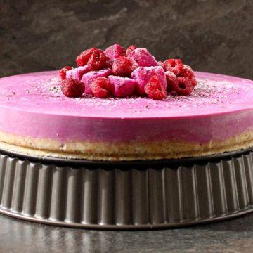 No Bake Dragonfruit Cheesecake