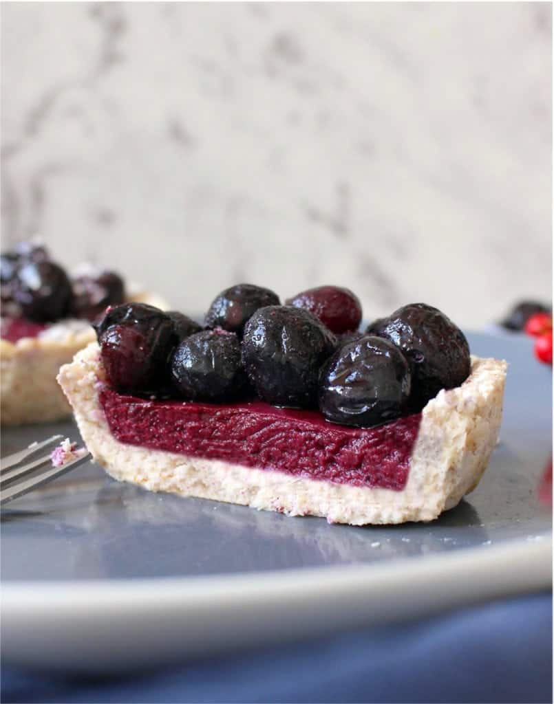No Bake Tartlet sliced in half