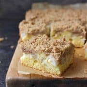 Pear Crumble Cake