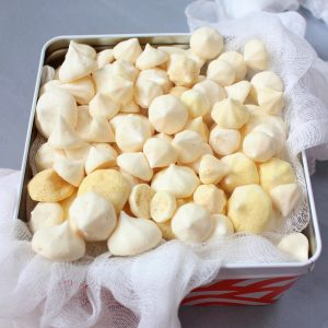 Aquafaba Meringue Kisses in a Metal Box