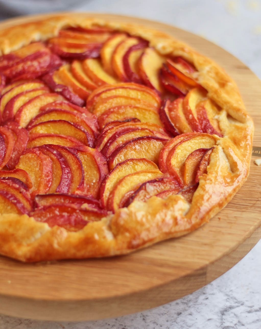 Close up on the peaches in the galette