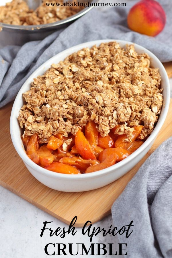 Apricot Crumble with Oat Topping