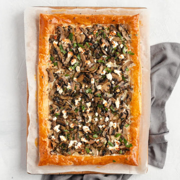 Baked Tart from above with grey napkin